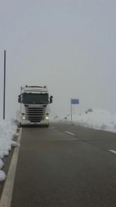 scania-im-schnee-daniel-kropf-transporte